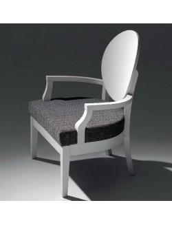 Sillón auxiliar madera de haya con asiento tapizado en tela o ecopiel.