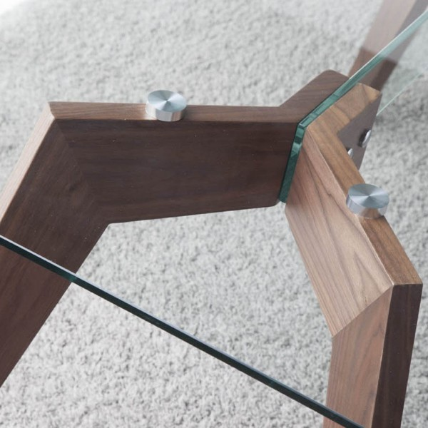Mesa con tapa de cristal rectangular y patas de madera de for Mesas de comedor cristal y madera