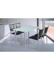 Mesa para cocina patas en color plata y tapa de cristal