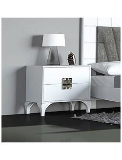 Mesilla de dormitorio con dos cajones de madera lacada blanco.