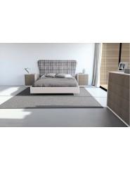 Muebles de dormitorio compuesto por cabecero de matrimonio, dos mesillas y cómoda.