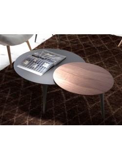 Conjunto de mesas nido de centro apilables y redondas en madera lacada negro y nogal.