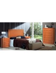 Conjunto de muebles de dormitorio en cerezo.