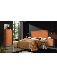 Conjunto de muebles para dormitorio clásico en cerezo.