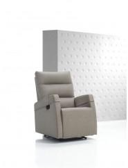 Sillón relax reclinable en dos posiciones tapizado en tela o ecopiel.
