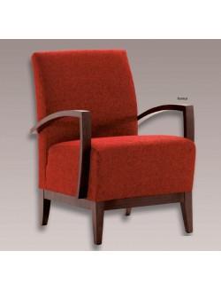 Butaca auxiliar tapizada en tela o ecopiel con los brazos y el zócalo de madera de haya.