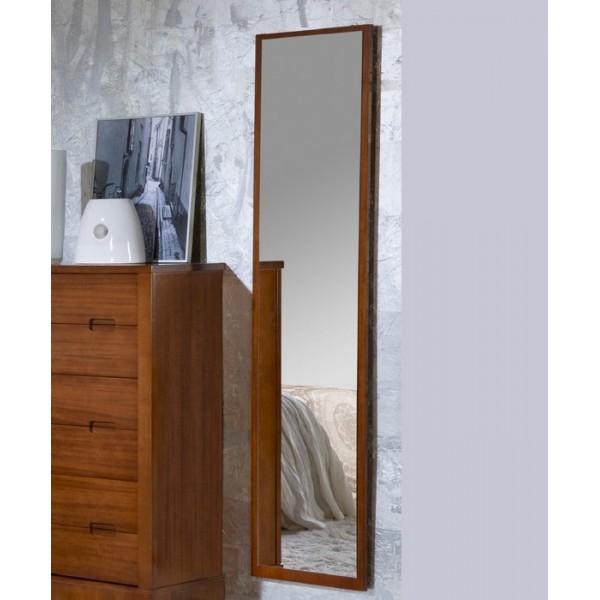Espejo vestidor con marco de madera for Modelos de espejos con marcos de madera