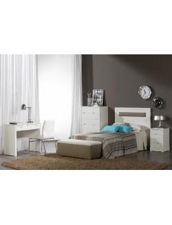 Dormitorio juvenil lacado en blanco con cabecero tapizado.